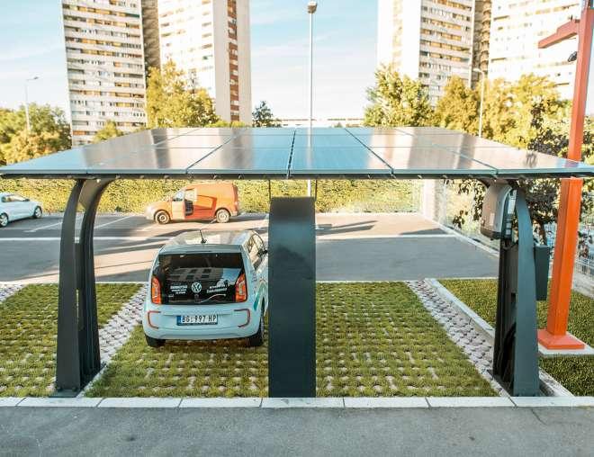 ProCredit-banka-solarna-elektrana-punjaci